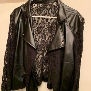 Red snap faux black leather & lace jacket 3X